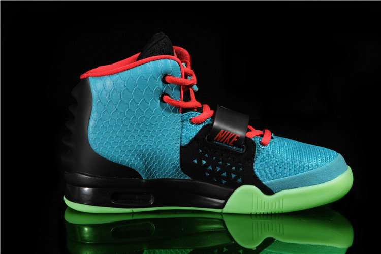 "new style ab455 bbad4 Nike Air Yeezy 2 ""South Beach"" Glow In The Dark Sole For Sale, Price ..."